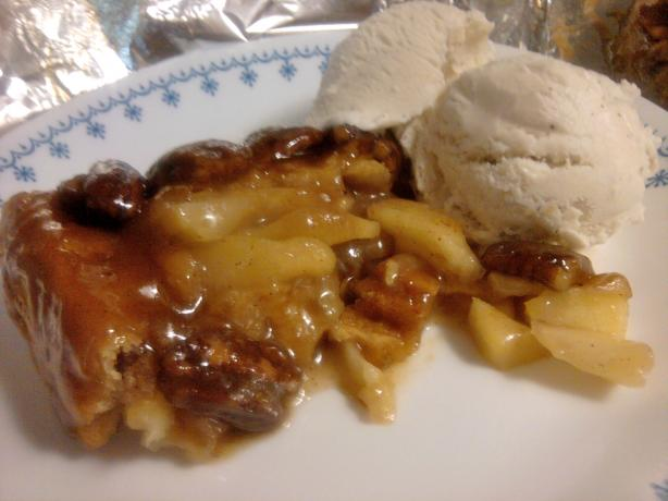 "Caramel Pecan ""make You Cry"" Apple Pie. Photo by CookingQueen417"