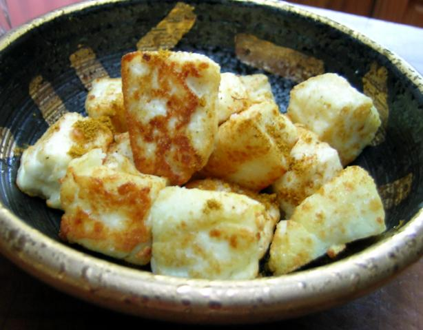 PANEER (Fresh Cheese). Photo by Rinshinomori