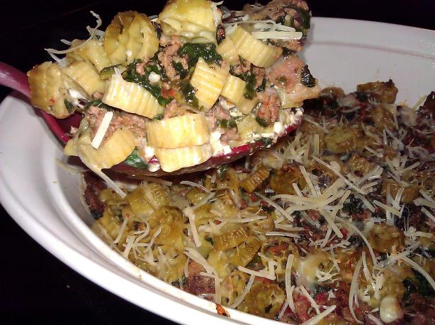 Beef and Spinach Pasta Bake. Photo by mersaydees