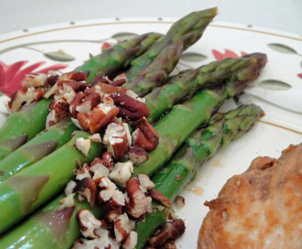 Chilled Asparagus With Pecans. Photo by Debbwl