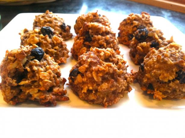 Cranberry-Walnut Oatmeal Cookies (Vegan & Gluten-Free). Photo by worldmom12