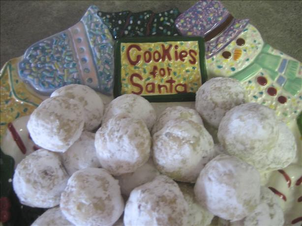 Snowball Cookies. Photo by Junebug
