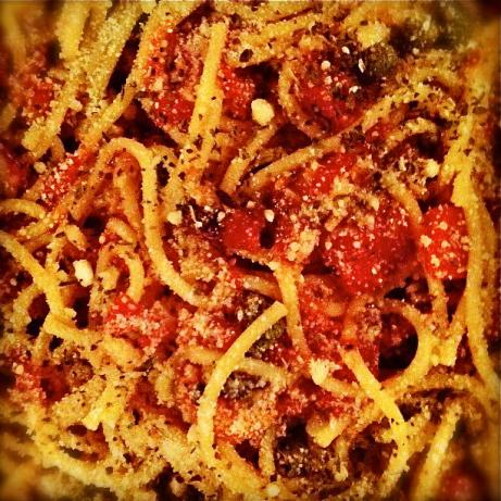 Delicious & Easy Pasta Puttanesca. Photo by esactress
