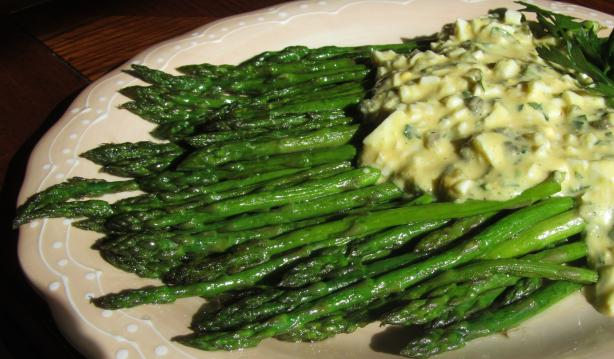 Asparagus With Sauce Gribiche. Photo by Rita~