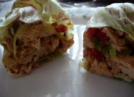 Crockpot Peanut Thai Chicken Lettuce Wraps. Photo by mickeydownunder