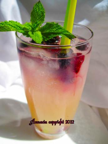 Blueberry Mint Lemonade. Photo by Annacia