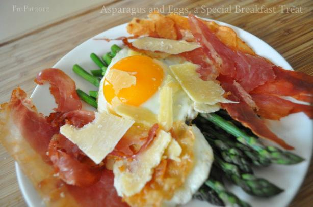 Asparagus and Eggs, a Special Breakfast Treat. Photo by I'mPat