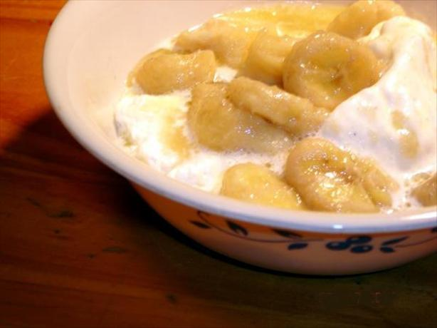 Crock Pot Bananas Foster. Photo by lets.eat