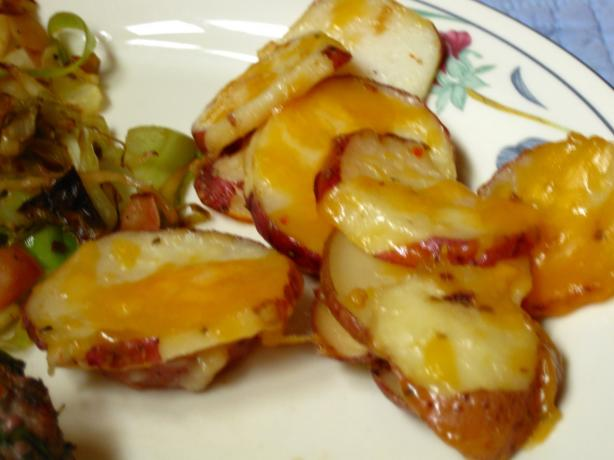Cheesy Red Bliss Garlic Potatoes. Photo by WiGal