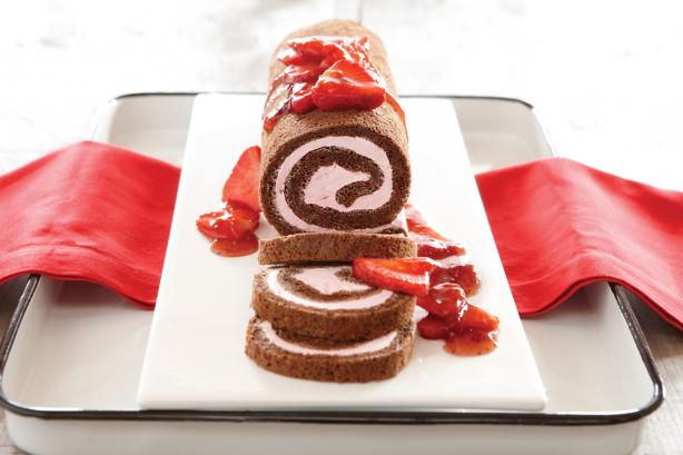 Chocolate Cake Roll. Photo by Smucker's®