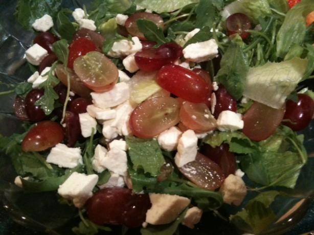 Romaine, Feta and  Grape Salad. Photo by Chicagoland Chef du Jour