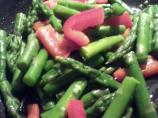 Lemon-Garlic Asparagus With Red Pepper