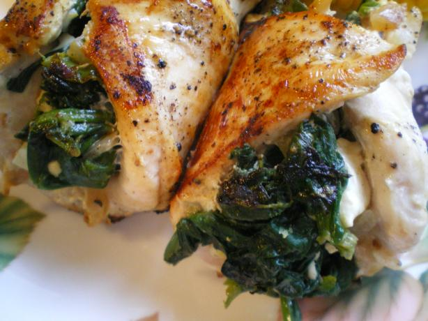 Spinach and Feta Stuffed Chicken. Photo by dojemi