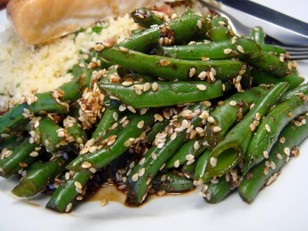 Goma-Ae Green Beans - Japanese Green Beans With Sesame Dressing. Photo by Lori Mama