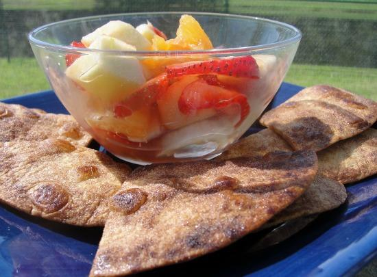 Fruit Salsa and Cinnamon Chips. Photo by diner524