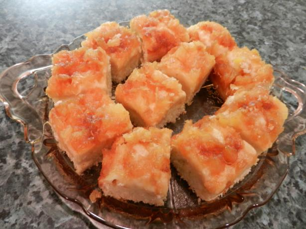 Pineapple Right Side up Snack Cake. Photo by Chef Gorete