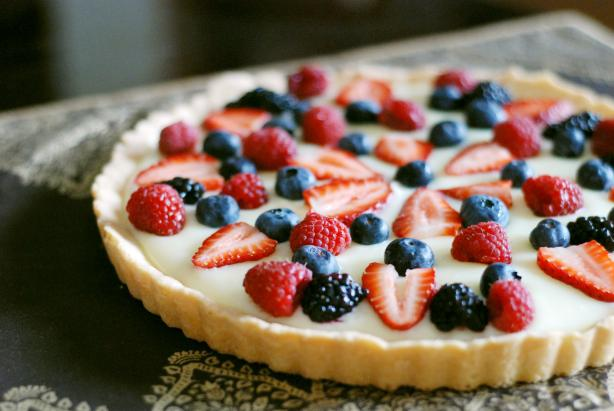 Five Star White Chocolate Fruit Tart. Photo by Dine & Dish
