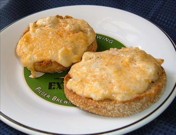 English Muffin Artichoke Pizzas. Photo by newspapergal