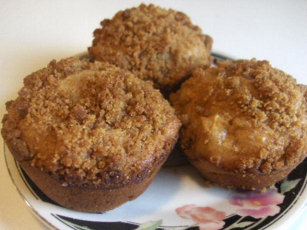 Erna's Apple Pie Muffins. Photo by daisygrl64