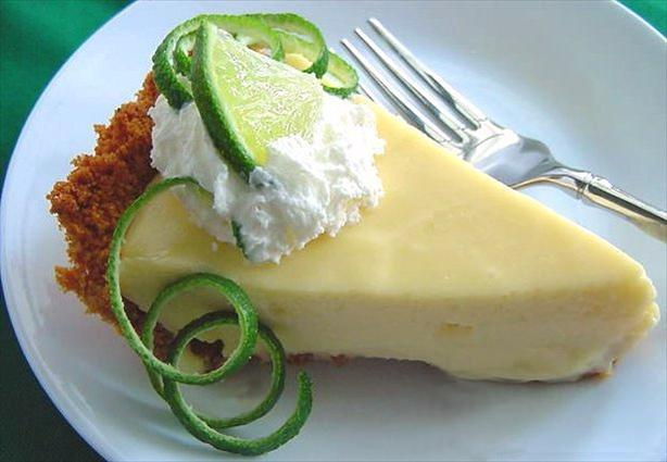 Sandra's Key Lime Pie. Photo by Marg (CaymanDesigns)