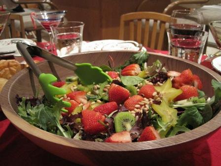 Strawberry and Spinach Salad with Sweet French Dressing. Photo by CIndytc