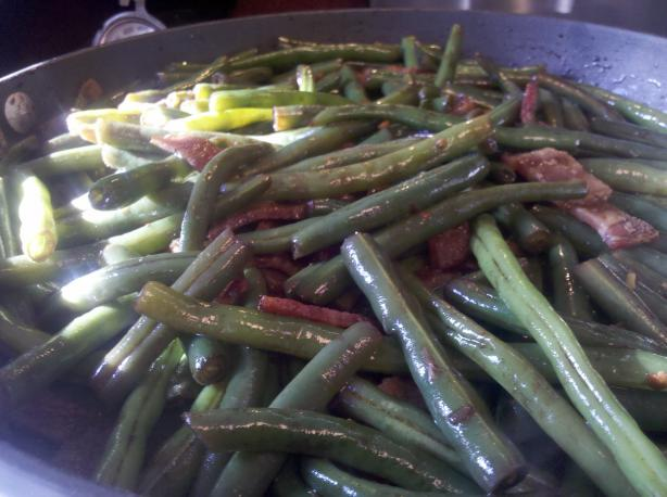 Green Beans with Warm Bacon Dressing. Photo by Mama Cee Jay