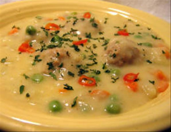 Youvarlakia Avgolemono (Greek Meatball-Egg/Lemon Soup). Photo by Susie D