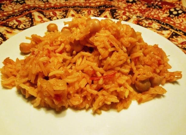 Revithopilafo (Chickpea Pilaf). Photo by awalde