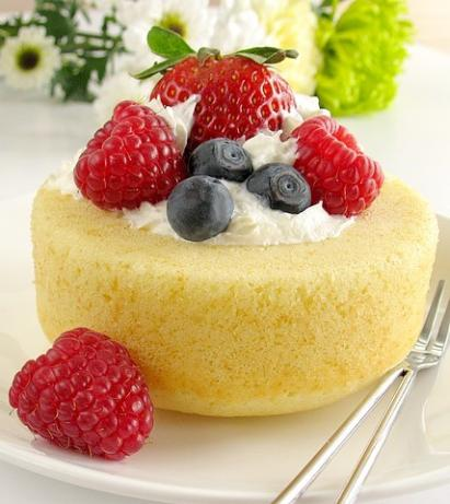 Hot Milk Sponge Cake. Photo by Calee