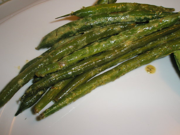 Lemon Dijon Green Beans. Photo by dicentra