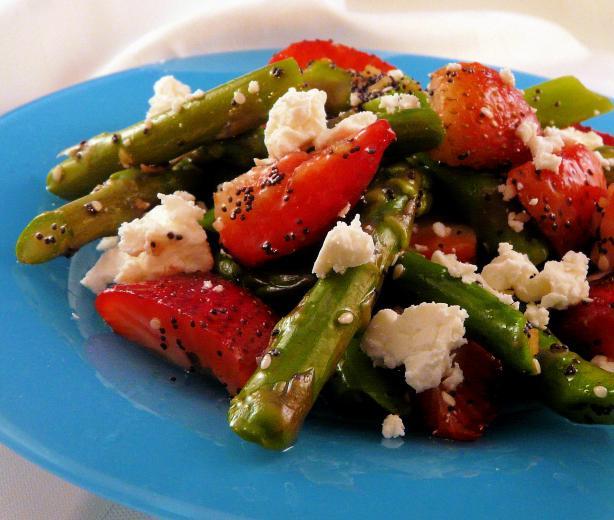 asparagus strawberry salad recipe healthyfoodcom