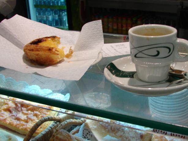 Pasteis de Nata (Custard Tarts). Photo by Mikos Teuben