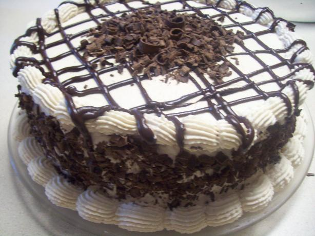 Bailey's Irish Cream Cake. Photo by sweet7pea