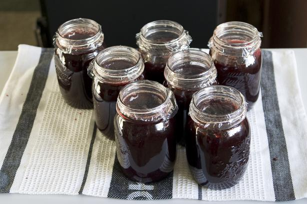 Damson Plum Jam. Photo by Yankiwi