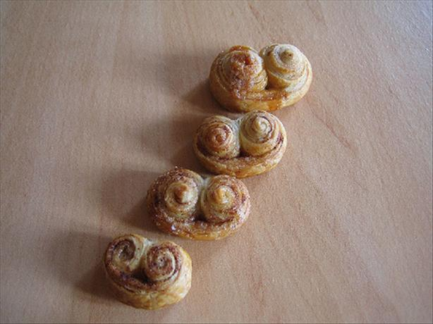 Palmiers (French Puff Pastry Cookies). Photo by Elodie