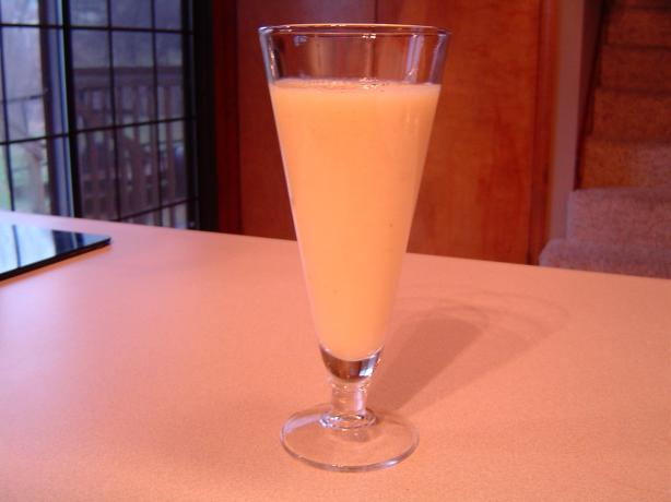 Orange Pineapple Smoothie. Photo by mliss29