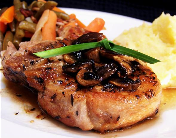 Pan Grilled Pork Chops. Photo by PaulaG