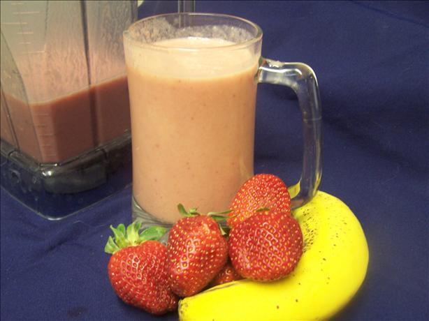 Peanut Butter-Berry Smoothie. Photo by PaulaG