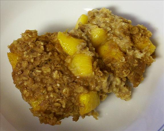 Baked Peach Oatmeal. Photo by Kree