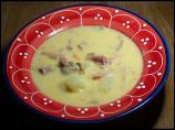 Cheddar potato-beer soup with shredded ham