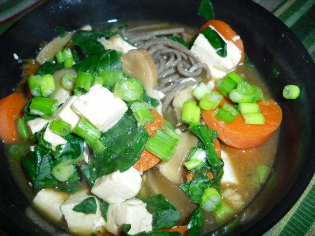 Soba Soup With Spinach and Tofu. Photo by tamalita62