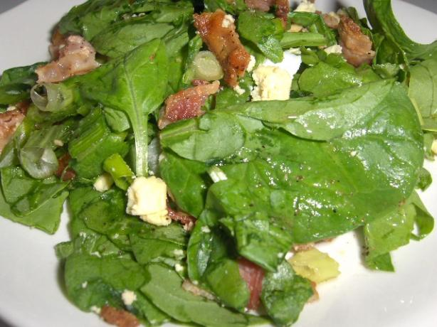 Wilted spinach salad. Photo by daisygrl64