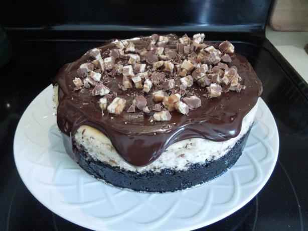 Sinful Snickers Cheesecake. Photo by Mama2Ciara