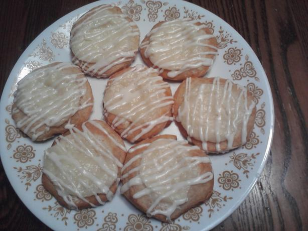 Individual Cream Cheese Danish. Photo by manda1372