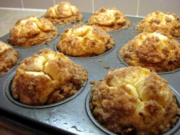 Pumpkin Cream Cheese Muffins. Photo by *Huntergirl*