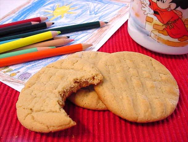 Irresistible Peanut Butter Cookies. Photo by Marg (CaymanDesigns)