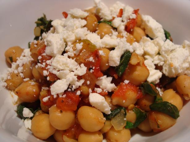 Chickpeas With Spinach (Greek). Photo by Starrynews