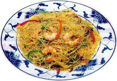 Singapore Rice Noodles. Photo by Geno1956
