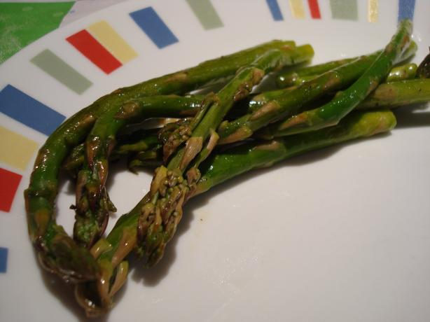 Pan Roasted Asparagus. Photo by Starrynews