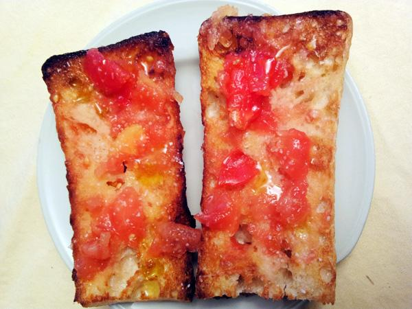 Pa Amb Tomaquet (Tomato Toast). Photo by momaphet